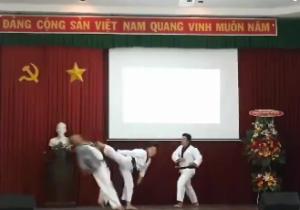 Câu lạc bộ kỹ năng PVMN biểu diễn võ thuật